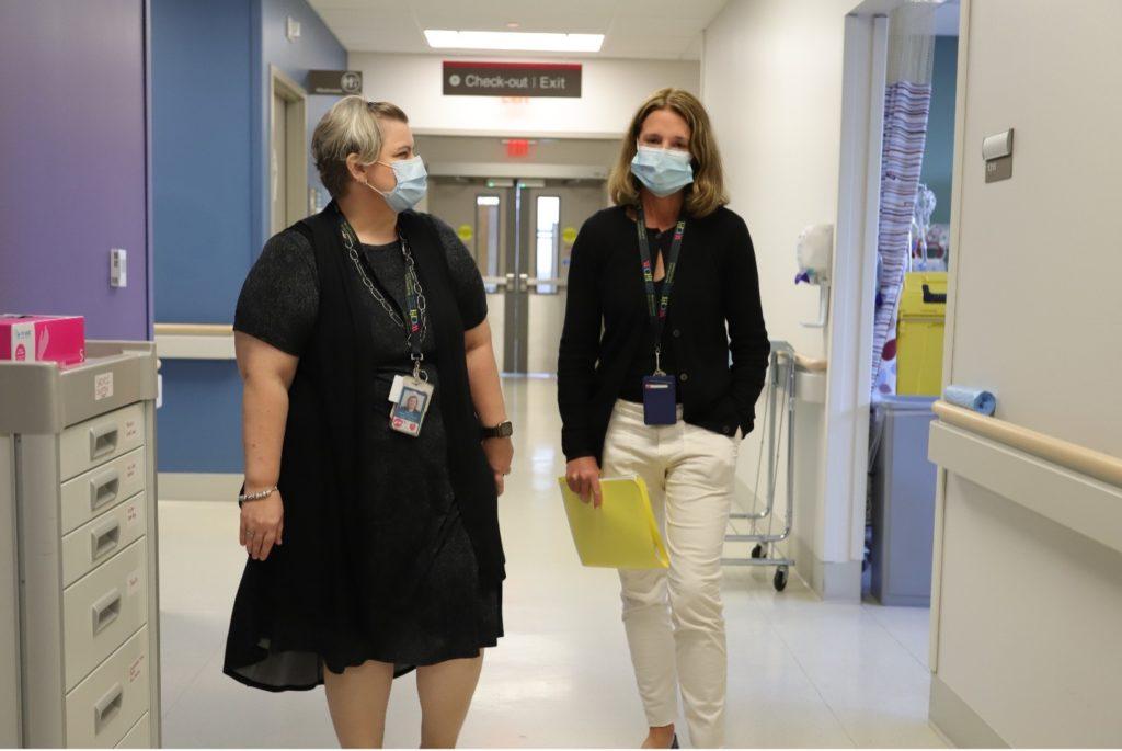Shelly Li and Dr. Tara O'Brien in WCH's Acute Ambulatory Care Unit